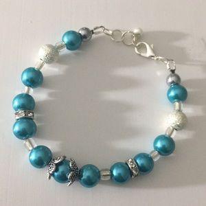 Jewelry - Teal blue green faux pearl rhinestone bracelet